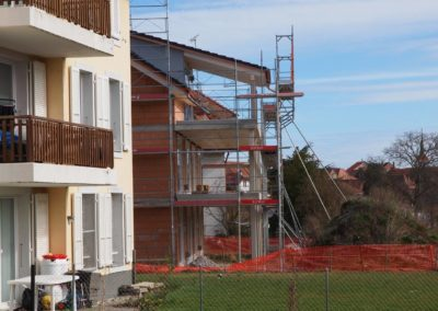 Echafaudages immeuble contruction Grandcour